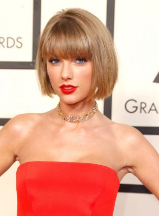 taylor-swift-bob-grammys-2016-front-w724