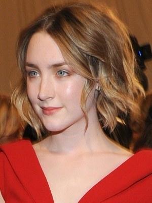 beauty-hair-2011-05-05-saoirse-ronan-celebrity-bobs